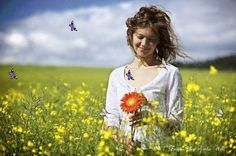 Busca a cura para os seus males abençoando a vida, a sua vida. Não se dedique a maledicências, falsidades e intrigas. Não semeie discórdias...