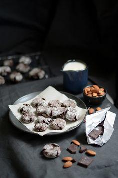 Chocolate Crinkle Cookies! #cookie #christmas #chocolate #dessert #yummy #recipe