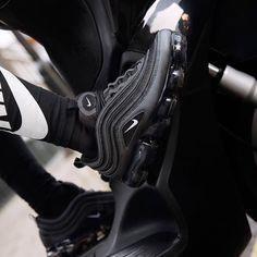 check out e711f 7b68b Nike Air Vapormax 97 Black Hematite