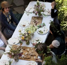 Channeling Contessa garden. Great table