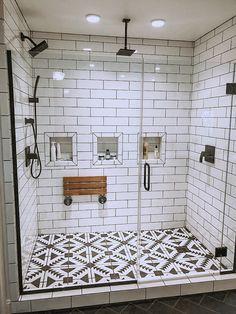 28 Beautiful Farmhouse Bathroom Design and Decor Ideas You Will Go Crazy For - I. 28 Beautiful Farmhouse Bathroom Design and Decor Ideas You Will Go Crazy For - Interior design insp - Bad Inspiration, Bathroom Inspiration, Bathroom Inspo, Boho Bathroom, Dream Bathrooms, Master Bathrooms, Master Shower, Master Baths, Luxury Bathrooms