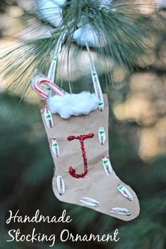 Create a mini-stocking for your Christmas tree & tuck small treats inside!   A fun handmade ornament kids can make & paired with favorite Christmas stories!  Plus good for fine motor skills too