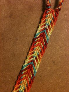 Normal Friendship Bracelet Pattern #6571 - BraceletBook.com