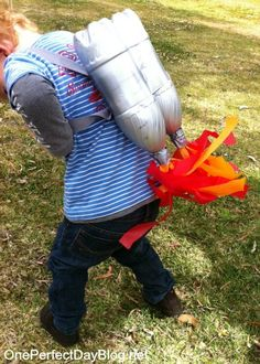 DIY jet pack // Upcycle This! 27 Creative Ways People Recycle Plastic Bottles