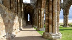 Whitby Abbey, Cathedral, Elephant, Image, Elephants