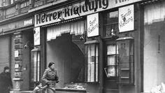 """Hoy se cumplen 75 años de Kristallnacht, """"La noche de los Cristales Rotos"""", preludio del Holocausto"""