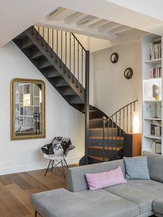 Marie Alfroid Architecture - project. Escalier 2/4 tournants style Bistrot (modèle déposé d'Escaliers Décors® www.ed-ei.fr). Escalier acier et bois avec contremarches.