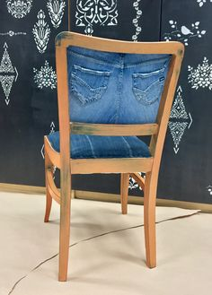 Bohemian Painted Chair with Annie Sloan Chalk Paint and with my old jeans :)