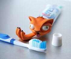 Cat Puke Зубная паста распределитель