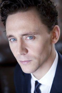 "MX07742 Tom Hiddleston - English Loki Actor Movie Star 24""x36"" Poster"