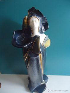 Gran figura abstracta de mujer en porcelana valenciana sellada -años 70-vintage-
