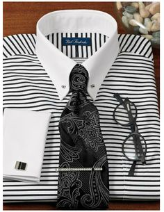 Pin Collar Shirt, Collar Shirts, Beard Suit, Style Costume Homme, Best Dress Shirts, Mens Fashion Shoes, Colourful Outfits, Boys Shirts, Stylish Men