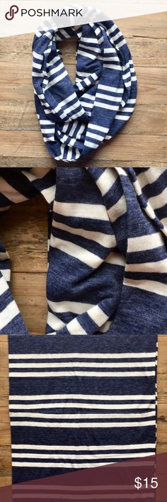 """Blue & White Stripped Infinity Scarf Soft, made from t-shirt like material. No brand or material information. Unfortunately I cannot recall which store I purchased this from, I believe a boutique in MI. Double paneled30"""" long and approx. 13"""" wide. Blue and off-white. Accessories Scarves & Wraps"""