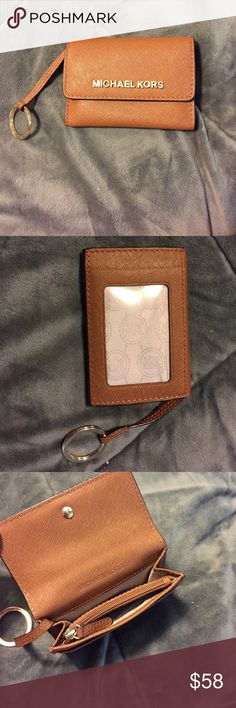 Michael kors Jet set Leather Coin purse Excellent condition! Like new! No flaws or defects. Michael Kors Bags Wallets