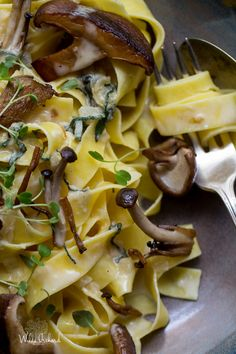 Easy Creamy Mushroom and Sage Taglietelle (sub chicken stock for vegetable stock)
