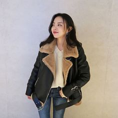 The Best Examples for Korean Street Fashion Korean Street Fashion, Korea Fashion, Teen Fashion, Fashion Outfits, Womens Fashion, Fashion Tips, Fashion Design, Fashion Styles, Korean Outfits