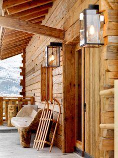 Chalet Les Anges in Zermatt, Log Cabin Living, Log Cabin Homes, Mountain Living, Mountain High, Log Cabins, Cabins In The Woods, House In The Woods, Ski Lodge Decor, Chalet Interior