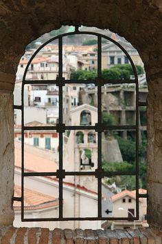 "I like Bonnie Tallo's board titled,""A room with a view."" | This pin: Scilla, Reggio Calabria, Italy"