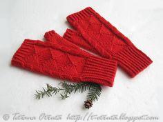 Christmas red gloves, hand knit fingerless mitts, gift for women, geometric on Etsy, $39.00