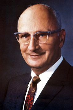 Alex Manoogian    Inventor, Philanthropist. He perfected the design of the single-handed faucet in 1954.