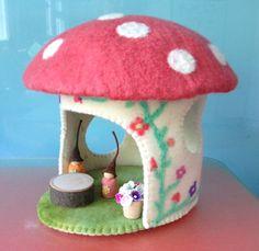 TOADSTOOL HOUSE. Pure wool FELT , table, flower pot, gumnut gnomes,  hand made. felt house ,Easter gift