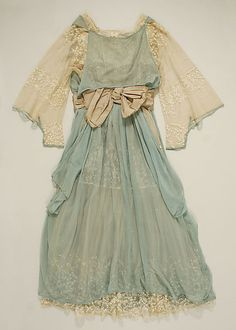 vintage Wedding Dress, Bonwit Teller, Met Museum, 1916.