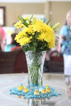 Baby boy shower for baby shower ideas centerpieces and baby shower menu ideas brunch Baby Shower Menu, Baby Shower Duck, Rubber Ducky Baby Shower, Baby Shower Parties, Baby Boy Shower, Baby Shower Decorations For Boys, Boy Baby Shower Themes, Baby Shower Centerpieces, Baby Shower Games