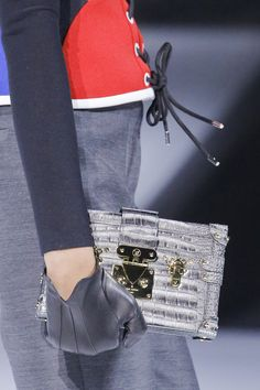 Louis Vuitton Fall 2018 Ready-to-Wear Collection - Vogue