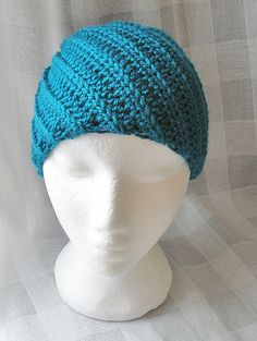 Ravelry: SN0WDR0PS's Spiral Slouchy Ravelry, Spiral, Beanie, Hats, Projects, Fashion, Projects To Try, Log Projects, Moda