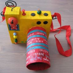 The kids could make their own cameras for play. Might make them play with them longer than a day! Easy Crafts For Kids, Summer Crafts, Diy For Kids, Fun Crafts, Camera Crafts, Cardboard Sculpture, Toilet Paper Roll Crafts, Art Activities For Kids, Crafty Kids