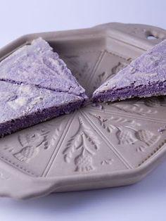 Objetivo: Cupcake Perfecto.: Cómo usar un molde de Shortbread sin morir en el intento... y de paso, Recetas Inglesas 2: Toffee Apple Crumble...