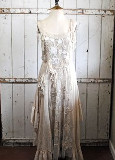Alabama ruffle dress from The Gypsy Wagon - Upon close examination of detail, I've decided this is one of the most beautiful dresses in the world. Would make a gorgeous wedding dress for the bohemian woman. Vintage Lace, Vintage Dresses, Vintage Outfits, Victorian Dresses, Gypsy Style, Boho Gypsy, Ruffle Dress, Dress Up, Lace Ruffle