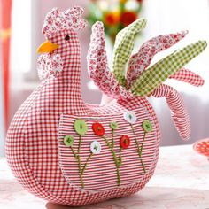 """Cocki"" Would love to find this pattern, it reminds me of the door stop chickens Grandma used to make for all of us!"