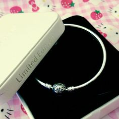 Pandora Limited Edition Ribbon Bow Bangle Authentic. Brand new in box. Sterling silver 925. Size medium, 19cm. This was given free with purchase of $125 with $80 value. Super beautiful with a dainty bow. Don't miss out this limited piece! No lowest/trade/pp. Final sale. Pandora Jewelry