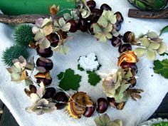 12 DIY Chestnut Fall Crafts For Kids And Adults - Shelterness Fall Crafts For Kids, Craft Activities For Kids, Crafts To Make, Fall Decor, Holiday Decor, Different Seasons, Autumn Inspiration, Bunt, Christmas Wreaths