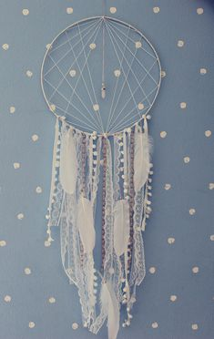 Dreamcatcher - Sylvia Start Home Big Dream Catchers, Large Dream Catcher, Dream Catcher Boho, Ring Crafts, Diy And Crafts, Arts And Crafts, Crystal Room, Diy Wind Chimes, Boho Wall Hanging