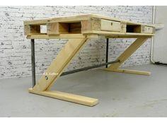 Foto: Schreibtisch aus Paletten