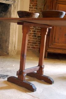 St. Thomas guild - medieval woodworking, furniture and other crafts: trestle table