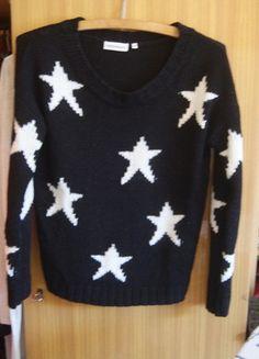 Kup mój przedmiot na #vintedpl http://www.vinted.pl/damska-odziez/bluzy-i-swetry-inne/10289671-sliczny-sweter-w-gwiazdki-s