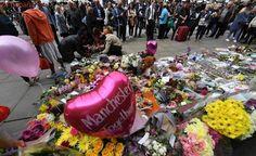 Manchester se debate entre la normalidad y el duelo en su 'zona cero'