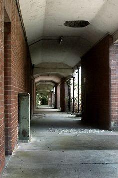 Abandoned: Park Prewett Mental Hospital - UK
