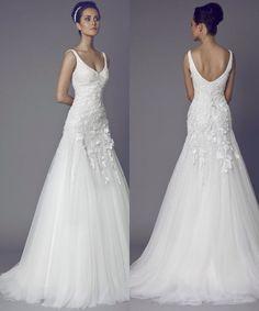 Image from http://www.modwedding.com/wp-content/uploads/2014/07/tony-ward-wedding-dresses-1-07012014nz.jpg.