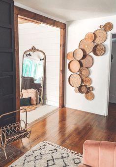 Faldekoráció - Otthon | Femina Diy Wall Decor, Entryway Decor, Fabric Wall Decor, Bohemian Wall Decor, Luxury Homes Interior, Interior Design, Interior Plants, Cheap Diy Home Decor, Modern Restaurant