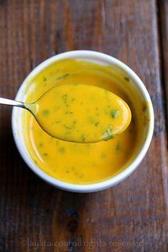 Spicy passion fruit sauce Makes 2 Fruit Sauce, Salad Sauce, Chili Sauce, Hot Sauce, Sauce Recipes, Vegan Recipes, Cooking Recipes, Passion Fruit Juice, Colombian Food