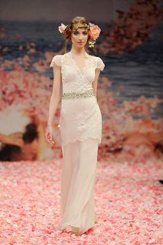 Claire Pettibone's brudekjoler er så tryllebindende og helt fantastiske..