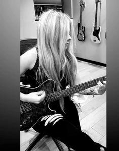 Avril Lavigne, My Idol