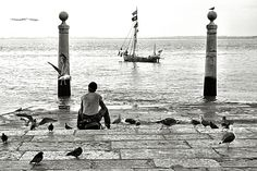 Alone in Lisbon by RemsRdp