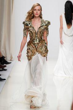 Valentin Yudashkin | Spring 2014 Ready-to-Wear Collection | Style.com