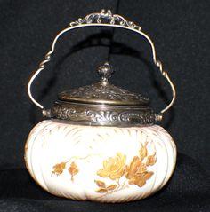 MT.WASHINGTON-CROWN MILANO-SWEETMEAT JAR W/LID-HANDLE-GOLD ROSES MOTIF C 1890