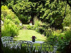 beautiful english gardens   Creating a Beautiful English Country Gardens   Home Improvement - Home ...